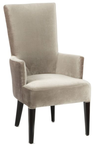 Размер (Ш*В*Г): 61*111*76 Аристократичный цвет и форма, напоминающая трон – эти стулья просто созданы окружать массивный деревянный стол в стиле Ар-Деко. Впрочем, если роскошь, пусть даже очень сдержанная, не отвечает Вашим представлениям об интерьере, такие предметы могут украсить собой и строгое, неяркое пространство столовой.             Материал: Ткань, Дерево.              Бренд: MHLIVING.              Стили: Арт-деко.              Цвета: Бежевый, Светло-серый.