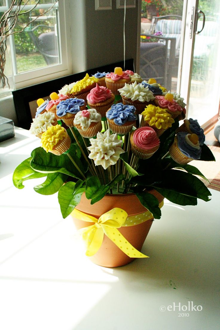 Flower bouquet - sticky gumdrop candy on stem to keep cupcake in place