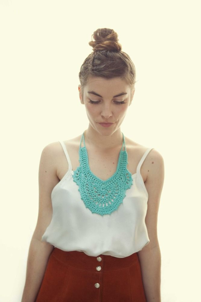 Beautiful Crocheted Collar. I need to figure out how to make this!