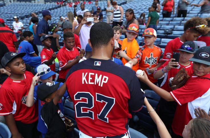 Atlanta Braves News: Afternoon Chop, Matt Kemp Looks Great, Sean Rodriguez Done For Season
