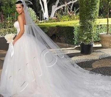 Свадебное белое платье снится - http://1svadebnoeplate.ru/svadebnoe-beloe-plate-snitsja-3070/ #свадьба #платье #свадебноеплатье #торжество #невеста