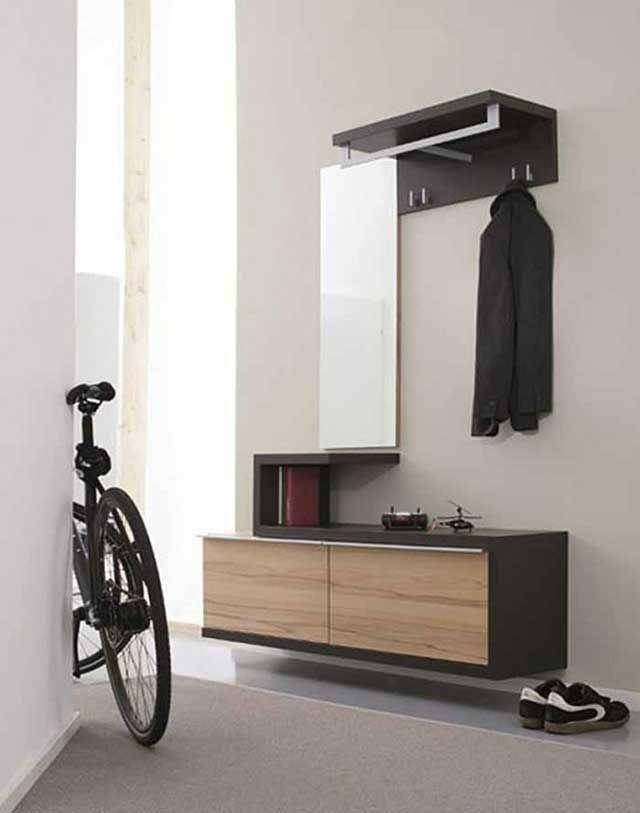 Простая мебель в интерьере для прихожей