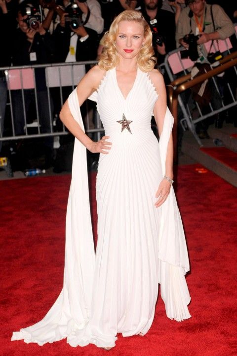 The Most Expensive Dresses Of All Time Including Oscar ...