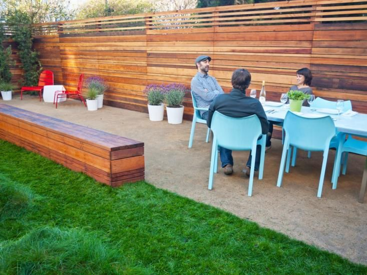 outdoor dining in san francisco backyard by creo landscape
