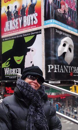 New York  Visiting the Statue of Liberty and watching a Broadway show at http://viajandodenovo.blogspot.com.br/2016/01/nova-york.html  Visitando a Estátua da Liberdade e assistindo um show da Broadway em http://viajandodenovo.blogspot.com.br/2016/01/nova-york.html  #travel #traveltip #trip #tourism #newyork #nyc #traveltips #love #beautiful #nice #travelblog #dicasdeviagem #dicas #viagem #viajar #turismo #blogdeviagem #blogsdeviagem #viagens #dicasdeviagens #novayork