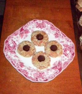 Christmas (Kissmas) Almond Cookies