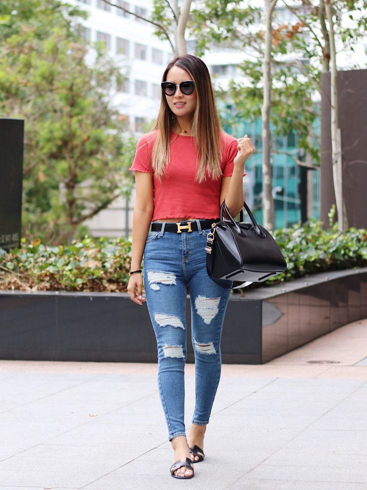 Coral crop top styling