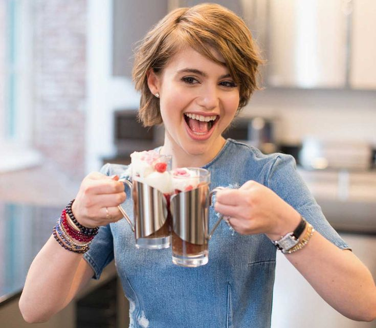 Blue Bloods star Sami Gayle learns how to make a decadent chocolate soufflé at the L'École Valrhona cooking school in Brooklyn.