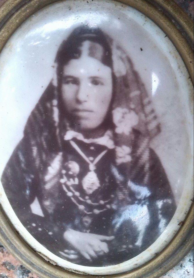 Donna in abito tradizionale di Selargius