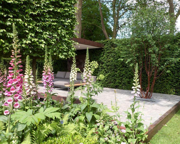 RHS Chelsea Flower Show 2016 London  Gardena and Husqvarna present Support, A Garden in Melbourne  #perennials #gardenfurniture