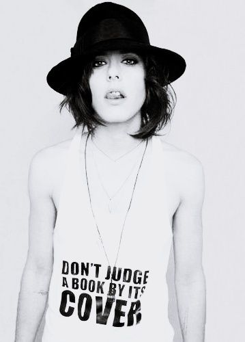 Katherine Moennig- she never came out as gay OR heterosexual for that matter... but I personally can't imagine her as anything but a lesbian lol <3