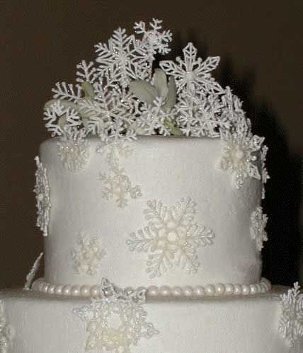 winter wedding cakes snowflakes things i cake icing snowflake cake 27557