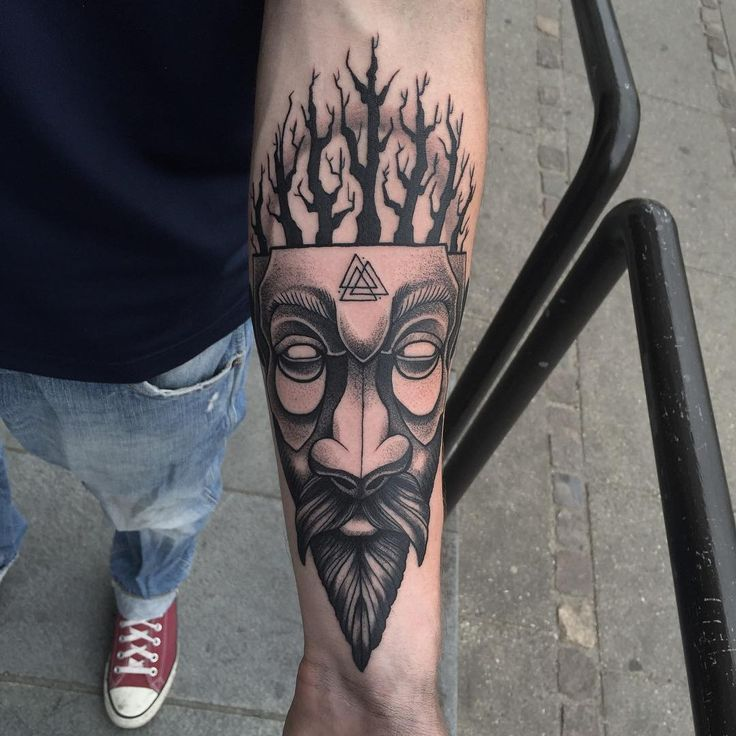 25 Viking Tattoo Designs Ideas: 25+ Best Ideas About Traditional Viking Tattoos On