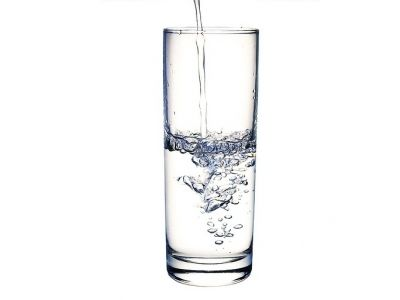 10 ways how water helps you to lose weight.