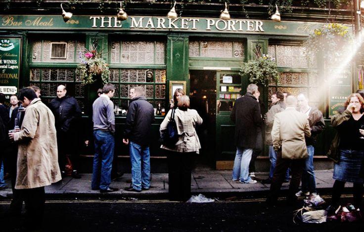 """Som Londonturist är det lätt att fastna i det vi inbillar oss är """"centrum"""" runt Oxford street och ointressanta Piccadilly circus. Här guidar SvD:s Andres Lokko till sitt London och till områden vid sidan av de mest turistiga stråken."""