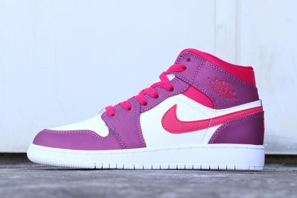 ce8e3e62a56a29 Air Jordan 1 Mid GS True Berry Rush Pink 555112-661