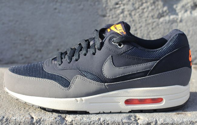 Nike Air Max 1 Damen Essential Beige / Grau / Koralle /Pigeon