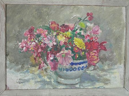 ALICE MAY COOK (SCOTTISH 1876-1960) A SUMMER STILL LIFE 26cm x 38cm (10in x 15in)  http://www.invaluable.com/auction-lot/alice-may-cook-scottish-1876-1960-a-summer-stil-93-c-0c8180db41
