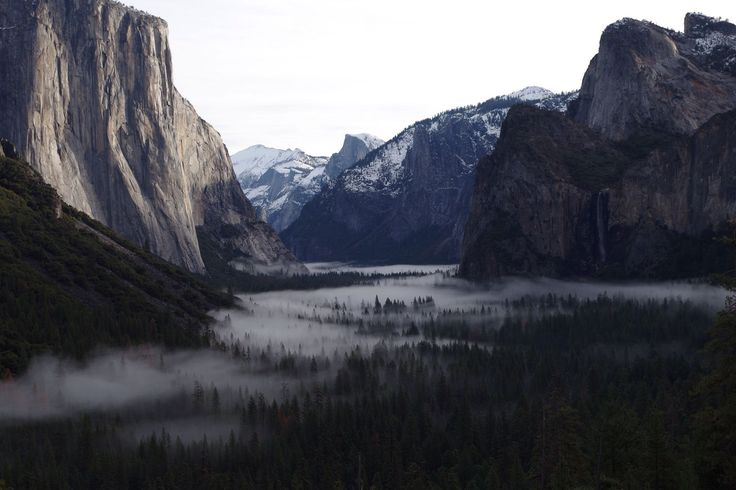 Yosemite tunnel view - tried to click good pic but I'm still a beginner 2112X1408 - Imgur