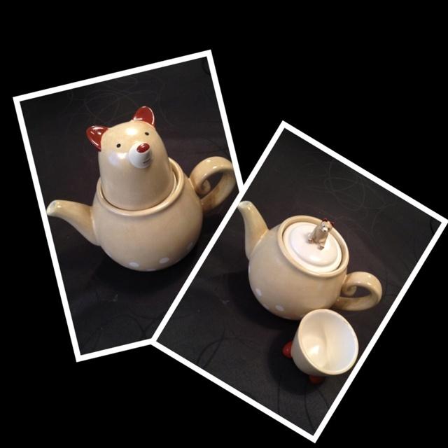 Little bear tea time:)