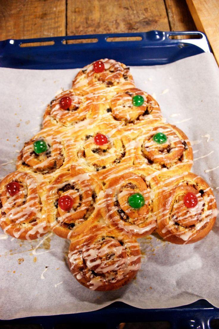 Louise van den Berg-Heruer bakt het beste kerstbrood van Nederland. Tijdens de finale op De Tasty in de Jaarbeurs Utrecht bleef van haar brood geen kruimel over, zo lekker!
