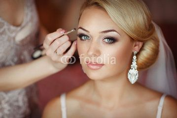 fresh look wedding makeup green eyes and blonde hair - Google Search