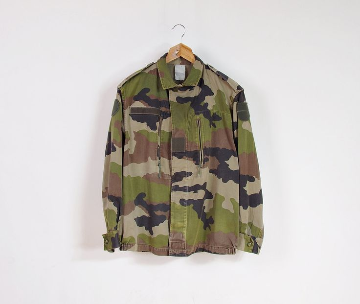 Vintage Woodland Camo Crop Jacket / Unisex Military Bomber Jacket / Men size S - M / Women size M - L by Only1Copy on Etsy