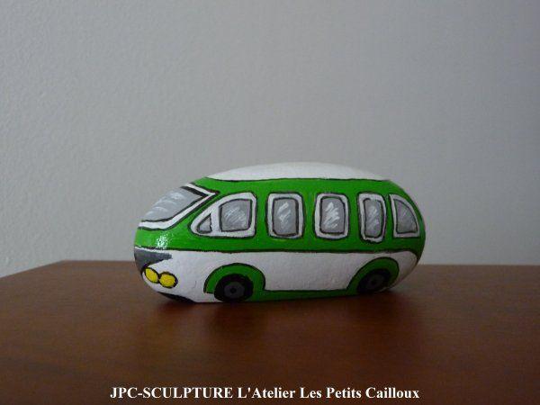 "ARTISANAT D'ART: Galet peint ""Bus"" - Ref N° 175 - Prix 10 Euros"