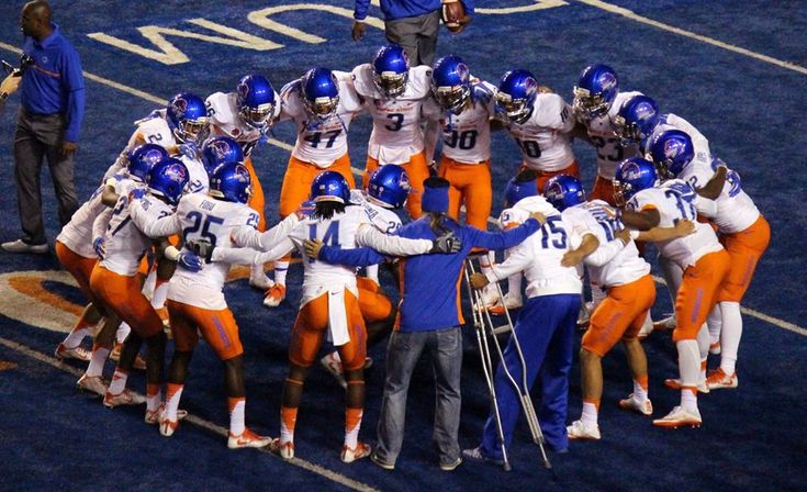 boise state football   Halfway There: Boise State football reaches season midpoint