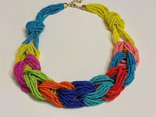 Decorate tu misma: DIY. Tutorial de collar para regalar en Navidad.