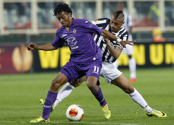 Liverpool emerge as favourites for Fiorentina's Juan Cuadrado.
