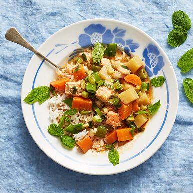 Tom Kha Gai med fisk  Smakstark thaigryta med mycket grönsaker. När grytan har fått koka ihop är det bara att tillsätta färdigskurna tärningar av torsk och lax, eller den fisk du annars föredrar. Grytan är suverän vardagsmat med härliga asiatisk touch.
