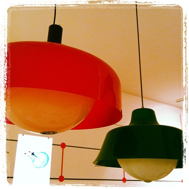 Kartell museum - Suspension lamps by Sergio Asti - 60ies