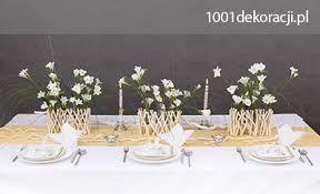Znalezione obrazy dla zapytania dekoracje stołu komunijnego