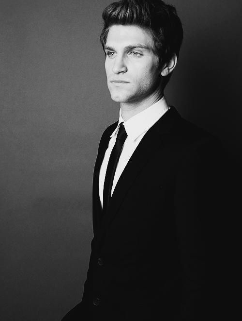 Keegan Allen … I will stop pinning pictures of him when he stops having the most gorgeously chiseled facial features ever! That's never going to happen you say? Well great I'll keep pinning!