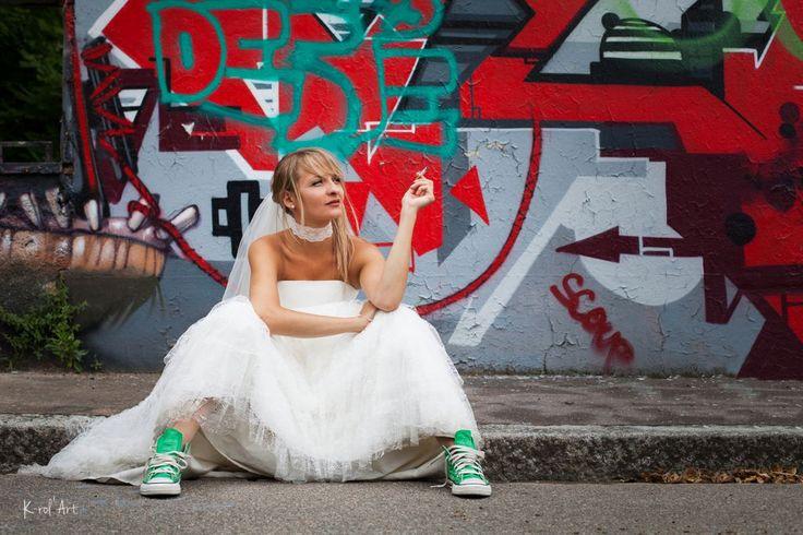 After day wedging trash the dress graffiti Photographe mariage Nantes