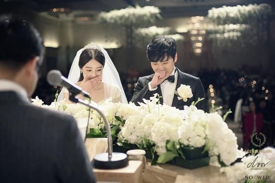 """[HQ PIC] 141213 Sungmin's Wedding Ceremony - Precious moments~ [2P] (Cr:As Tagged)"""