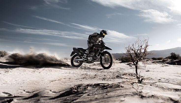 A Honda XRE 300 tem espírito aventureiro e off-road. Conheça: http://www.consorcioparamotos.com.br/noticias/consorcio-honda-xre-300-em-ate-70-meses?utm_source=Pinterest_medium=Perfil_campaign=redessociais