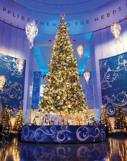 Christmas Tree Scenery Part - 38: Science U0026 Industry: Christmas Around The World. Chicago Christmas  TreeChristmas SceneryFather ...