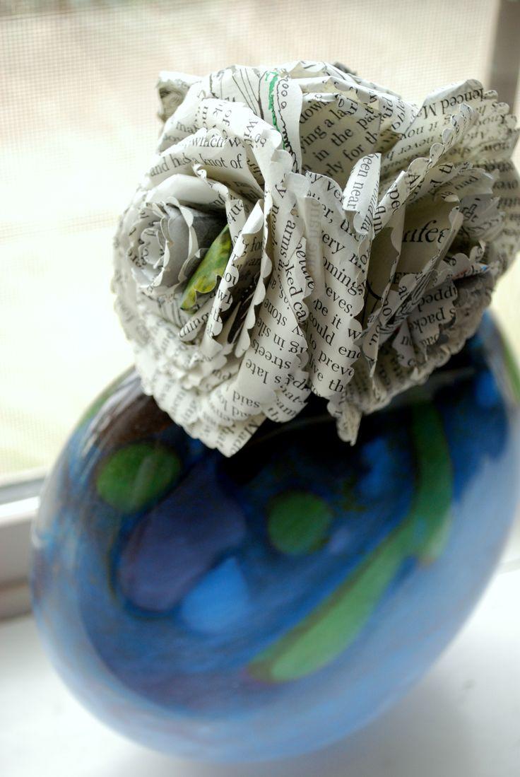 545 best kirjan uusiokytt images on pinterest book folding paper flowers 20 dhlflorist Image collections