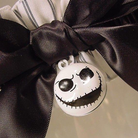 Love this!!! :)   LOL  wedding garter JACK SKELLINGTON wedding garter by PetereneDesign, $25.00