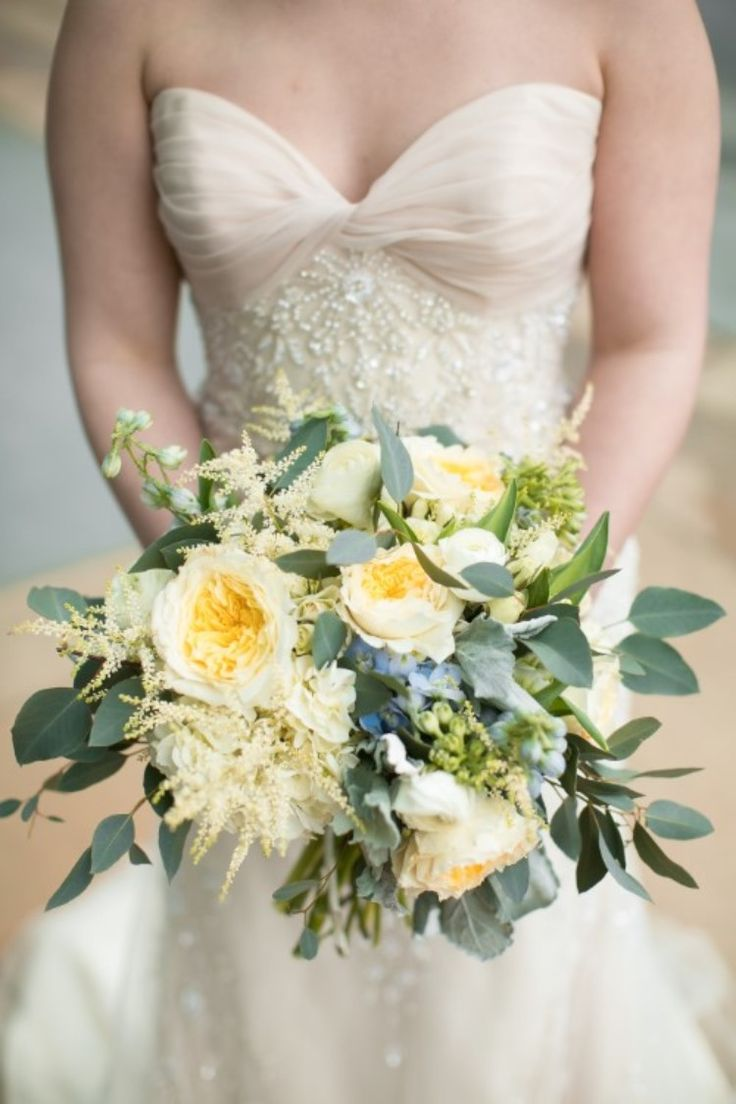 Spring Wedding Inspo: Styled Shoot at Hyatt Regency Bloomington  We're loving this simple, white and green bouquet!   Photographer:  Jeannine Marie Photography