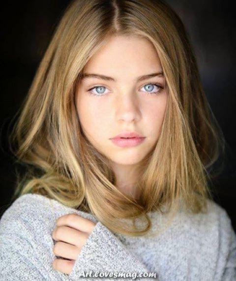 Schöne Mädchen Blond