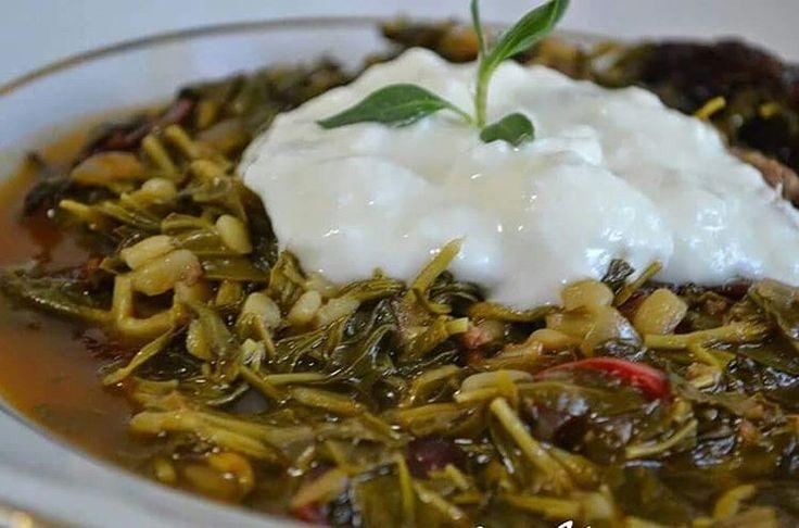 """35 Beğenme, 2 Yorum - Instagram'da Zehra Gürbüzer Şener (@annemineli_zehraanne): """"Sivas'in yoresel lezzetlerinden Pastırmalı veya çemenli madımak yemeği Malzemeler: * 500 gr…"""""""