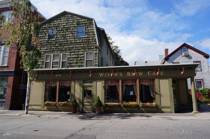 Witch's Brew Cafe, bar, Salem, USA