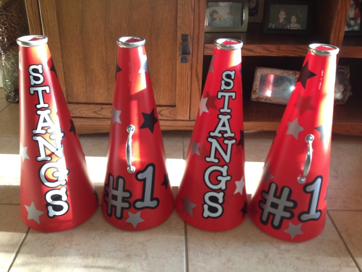 I made these cheerleading megaphone for my girls