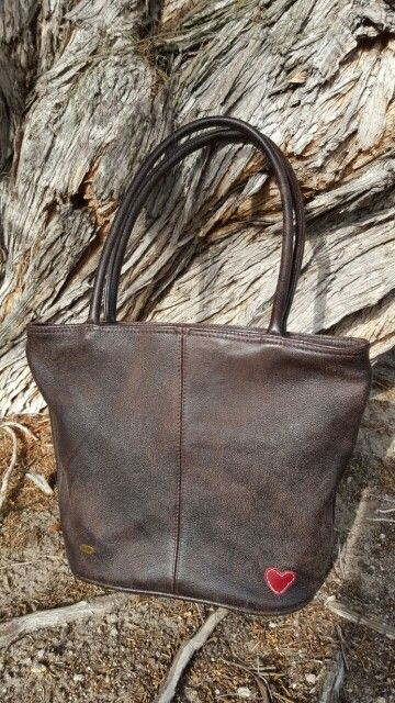 Full leather bag genuine leather, vintage feel, stylish women. www.nellybags.co.za