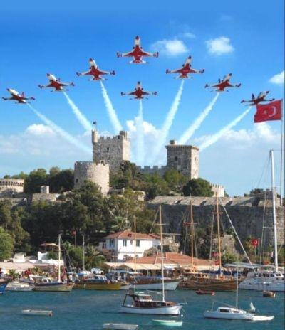 Türk Yıldızları 30 Ağustos Zafer Bayramı Kutlamaları, Bodrum Kalesi, Bodrum