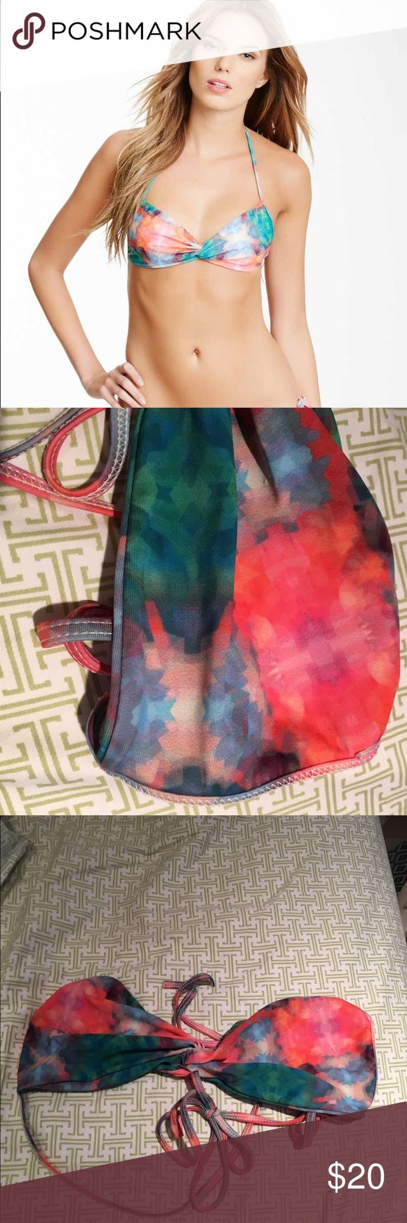 L Space Multi Color Bikini Top L Space Multi Color Bikini Top ••size large ••stellar condition, except tag is cut out ••price negotiable, no trades l*space Swim Bikinis