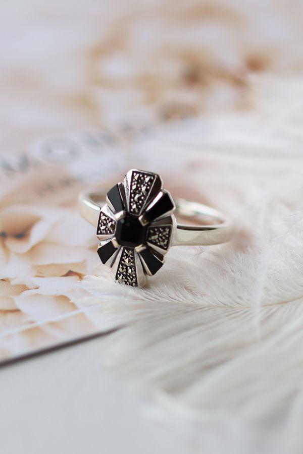 Gemondo Sterling Silver Garnet /& Marcasite Art Nouveau Ring